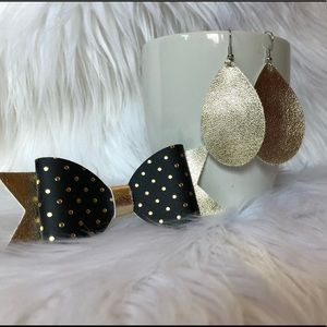 Mommy and me earring and bow set
